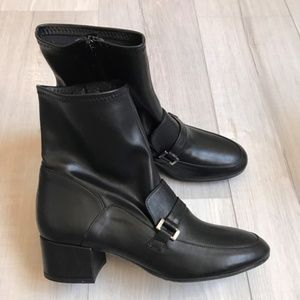 Charles David Women's Black Leather Boots
